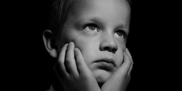 نمو الأطفال الجنسي.. كيف نتعامل معه؟